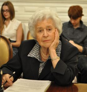 Irina Antonova at the April 23, 2013, hearing on philanthropy. Photo @Artguide.ru.